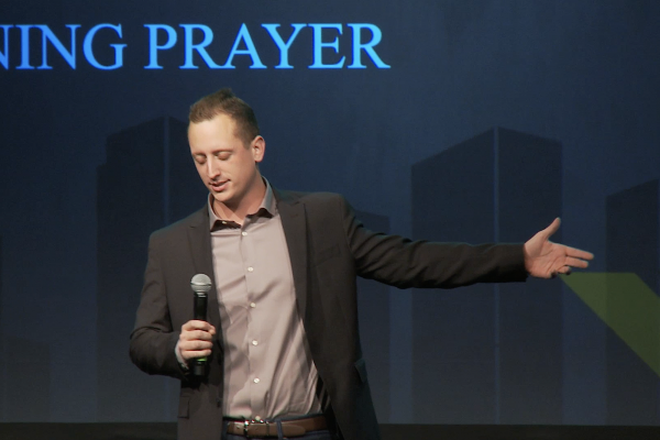 Brannon Shortt, Pastor of Saddleback Church, led the opening prayer